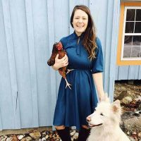 Portland Dog Walker and Pet Sitter and Admin, Elizabeth